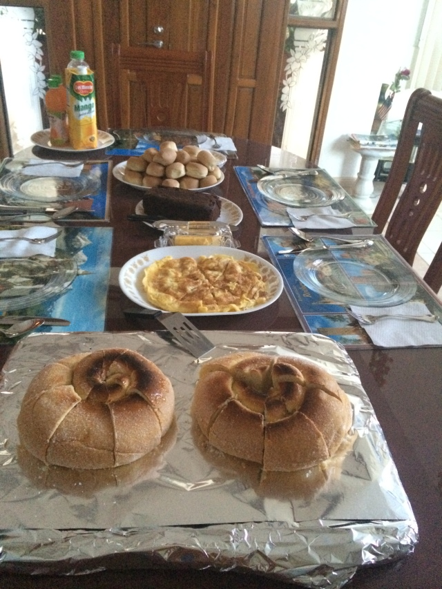 Our daily breakfast. Ensaimadas in foreground; pandesal in the back (Katherine Hart, 2015)